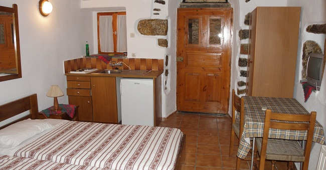 •	Photos of the accommodation and rooms